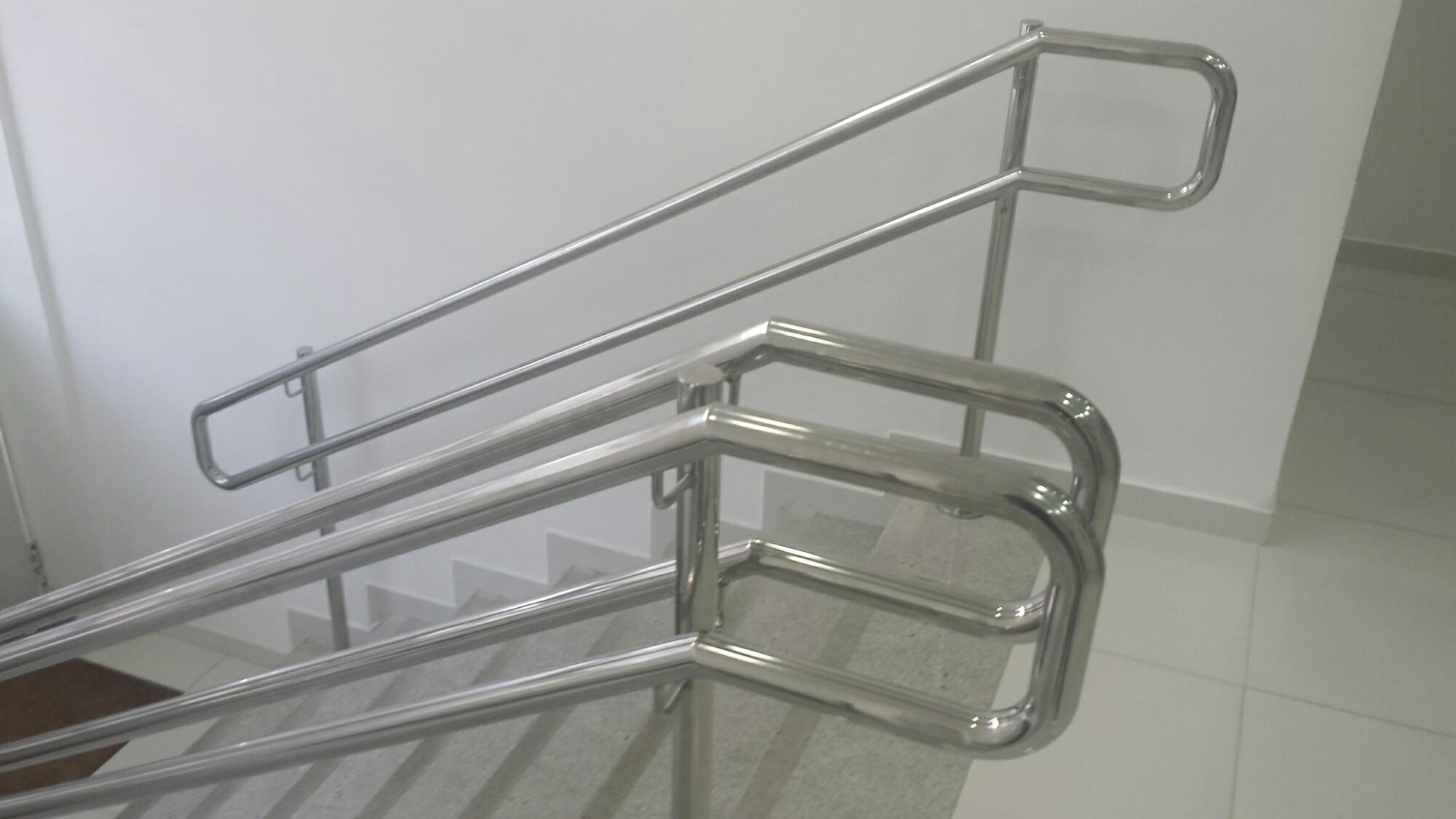 Eduardo Ronchetti Arquitetura Acessibilidade e Design de Interiores #453F37 2000x1125 Banheiro Acessivel Nbr 9050
